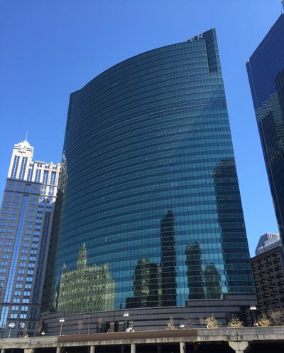 333 West Wacker   Chicago Architecture Tour