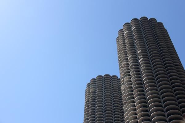 Up close and personal on wendellas chicago architecture tour marina city chicago architecture tour fandeluxe Images